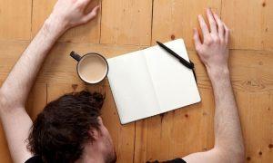 Warum manche Menschen auf Stress reagieren, indem sie einschlafen