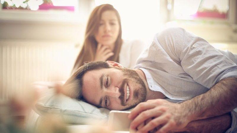 dass dein Partner dich emotional betrügt