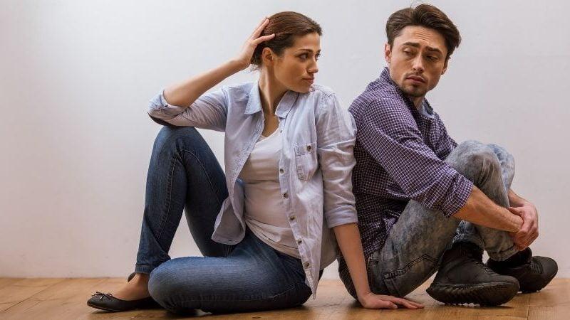 5 eindeutige Zeichen, dass du jemanden liebst, der dich nicht verdient