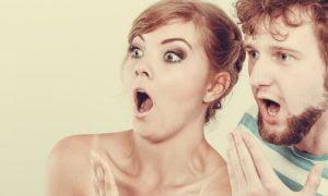 """5 wichtige Zeichen, dass eine """"nette"""" Person heimlich grausame Absichten hat"""
