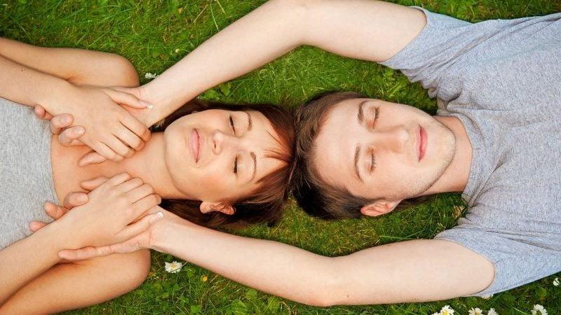 7 klare Zeichen, dass dein Partner dich bedingungslos liebt