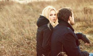 10 eindeutige Warnsignale, dass eine Beziehung sauer wird