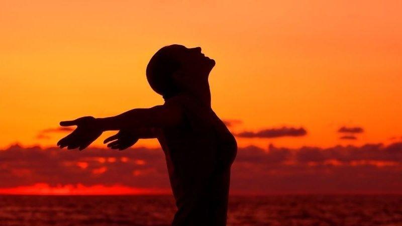 Wie du eine Traumbeziehung zur weiblichen Energie herstellst