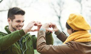 Laut einer Harvard-Studie hängt die Stärke einer Ehe vom beruflichen Status des Ehemanns ab