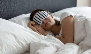 Die Wissenschaft erklärt, wie viele Stunden Schlaf du brauchst, um Depressionen zu vermeiden