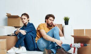 Psychologe enthüllt, dass diese 4 Verhaltensweisen die größten Anzeichen für eine Scheidung sind