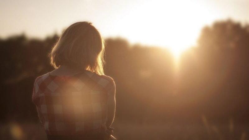 4 Möglichkeiten, negative unterbewusste Gedanken neu zu programmieren