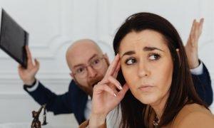 9 Anzeichen dafür, dass du mit einem Narzissten verheiratet bist – und was du dagegen tun kannst