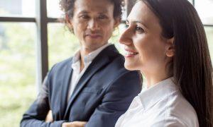 Der wahre Grund, warum starke Frauen Narzissten anziehen – und 4 Anzeichen dafür, dass dein Partner ein Narzisst ist