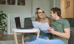 11 Anzeichen dafür, dass ein Mann dich in einer Beziehung respektiert
