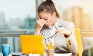 7 Verhaltensweisen von jemandem, der emotional süchtig nach Stress ist