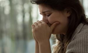 Forscher enthüllen 7 Anzeichen eines Nervenzusammenbruchs, die man nie ignorieren sollte